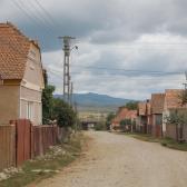 Csíkmadarasi utcakép
